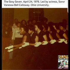 Soror Vanessa Bell Callaway Aka Sorority, Alpha Kappa Alpha Sorority, Black Is Beautiful, Pretty In Pink, Vanessa Bell, Happy Mother S Day, Historical Pictures, Fan Girl, College Life