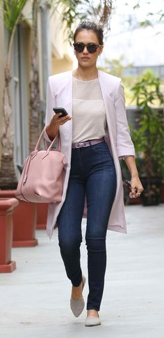 Jessica Alba leaving a meeting at Internal Enviroment Institute in Los Angeles on May 22, 2014