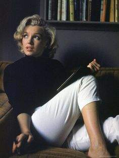 Marilyn Monroe Relaxing at Home Premium Photographic Print by Alfred Eisenstaedt at AllPosters.com