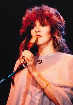 Stevie nicks front woman for Fleetwood Mac