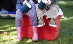 Camping: 8 conseils pour remplir votre glacière Camping, Baby Car Seats, Cool Photos, Voici, Family Tent, Fresh, Tips, Eat Right, Texts