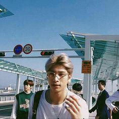 Kpop Aesthetic, Kpop Boy, Boyfriend Material, Boys Who, K Idols, My Boyfriend, People Leave, Boy Groups, We Heart It