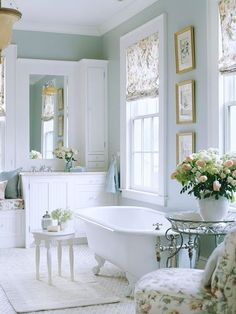 Peaceful and romantic bathroom