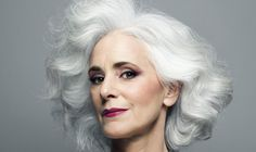 Eye Makeup Over 50 10 Makeup Mistakes That Are Aging You Huffpost Natural Eye Makeup, Natural Eyes, Best Youtube Makeup Tutorials, What Causes Gray Hair, Makeup Tips For Older Women, Makeup Over 50, Makeup Mistakes, Best Eyeshadow, Top Skin Care Products