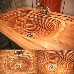 Lavandino in legno