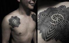 Tattoo basado en Rosa de Borneo