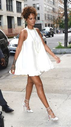 How to wear a little white dress this summer like Rihanna. Outfit ideas of how to style a simple  look.