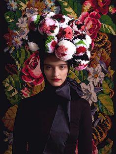 The pom-poms... are cute, for something else, decor? a kid´s hat?...Viennese Chic - Designer Susanne Bisovsky