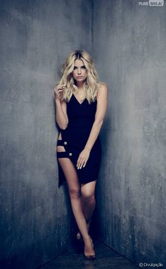 "Em ""Pretty Little Liars"", Hanna (Ashley Benson)."