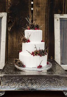 Rustic Elegance Winter Wedding Inspiration | GMH Photography