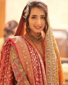 Such a gorgeous bride! Pakistani Wedding Dresses, Pakistani Bridal, Indian Bridal, Bridal Photoshoot, Bridal Shoot, Bridal Looks, Bridal Style, Beautiful Bridal Dresses, Pakistan Wedding