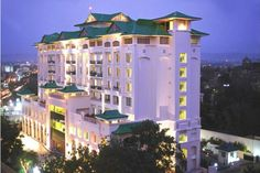 A grace so imperial and regal facade that is as captivating in morning as it is lovely at night.only a hint of what lies inside Country Inn & Suites By Carlson, Jaipur! Best Hotel Deals, Best Hotels, Country Inn And Suites, The Locals, Facade, Exterior, Mansions, Architecture, House Styles