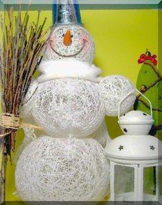 Как сделать снеговика из ниток.