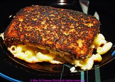 Mac & Cheese Grilled Cheese with Hatch Chiles - Mac & Cheese Chick http://www.macandcheesechick.com/mac-cheese-grilled-cheese-with-hatch-chiles/