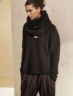- Description - Details - Customer Care Composed of textured cloud cashmere, this sweater is a twist on a classic with its relaxed shape and rounded shoulders. The beauty is in its simplicity, as this
