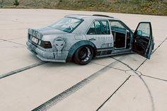 古き良きミディアムベンツが、スラムド&ワイドボディで過激に変身!!(Auto Messe Web) | 自動車情報サイト【新車・中古車】 - carview! Slammed Cars, Jdm Cars, Mercedes Benz 500, Drifting Cars, Transformers, Custom Cars, Cars And Motorcycles, Cool Cars, Dream Cars