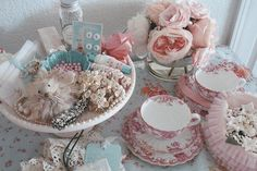 vintage, shabby chic, cottage, pink and white Vintage Shabby Chic, Vintage Tea, Vintage Love, Retro Vintage, Vintage Style, Vintage Crockery, Vintage Beauty, Victorian Decor, Victorian Bedroom