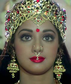 Beautiful Asian Girls, Beautiful Bride, Kareena Kapoor Navel, Shri Ram Photo, Ram Photos, Bedroom Door Design, Mathematics, Holi, Septum Ring