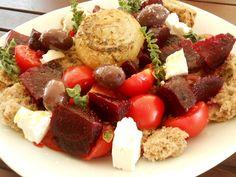 Ντάκος με παντζάρια και ψητά κρεμμύδια - http://www.zannetcooks.com/recipe/ntakospantzariakremmidia/