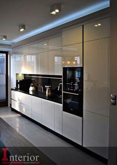 Over 80 good Scandinavian kitchen cabinets design ideas Kitchen Cabinets Luxury Kitchen Design, Kitchen Room Design, Kitchen Cabinet Design, Luxury Kitchens, Home Decor Kitchen, Interior Design Kitchen, Kitchen Ideas, Diy Kitchen, Kitchen Hacks