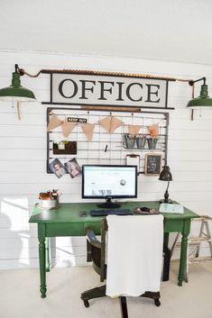 40 easy diy farmhouse desk decor ideas on a budget (36)