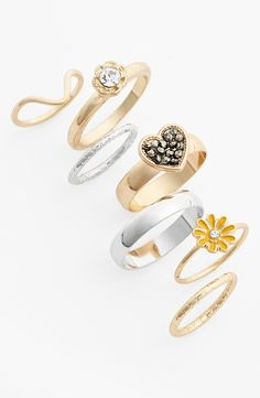 Love mixing and matching these Topshop midi rings to create new looks.