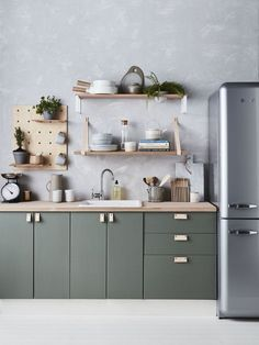 Kitchen with so many gorgeous DIY details   Leather pulls, p