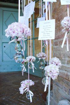 Tableau de marriage in rosa e cristalli