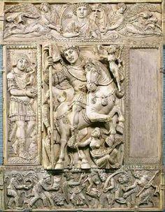Marfil Barberini . Pertenece dentro del arte bizantino a las artes figurativas. Es un relieve en marfil que intenta resaltar el momento de esplendor del emperador Justiniano.
