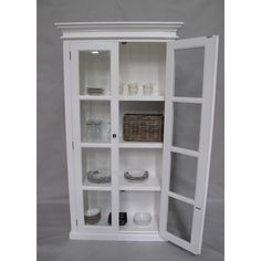 An  solution for housing homeware, this white mahogany vitrine features glass doors that will perfectly showcase your beloved vases or kitchen accessories.