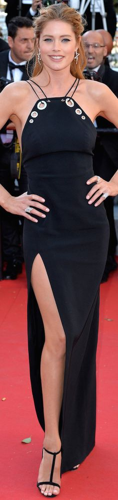 Doutzen Kroes wearing Mugler at the 2015 Cannes Film Festival