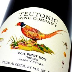 Teutonic Wine Company Oregon Pinot Noir Alsea Vineyard 2011 - Pinot Noir - EEUU - Vino tinto de cuerpo ligero y paso fluido, ágil y perfumado a frutos rojos, cerezas ácidas, hierba fresca, flores rojas, jengibre y notas balsámicas - https://www.monvinicstore.com/teutonic-wine-company-oregon-pinot-noir-alsea-vineyard-2011.html