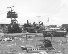 Bulldozer clearing the streets of Darwin after Cyclone Tracy, December, 1974 Australian Continent, Largest Countries, Small Island, Historical Pictures, Darwin, Tasmania, Storms, Australia Travel, Continents
