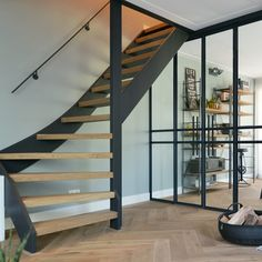 Loft Staircase, House Stairs, Staircase Design, Open Trap, Entry Hallway, Interior Stairs, Stairway To Heaven, Industrial House, Stairways
