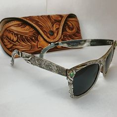 Handmade solid sterling silver sunglasses with Kingman turquoise, complete with hand tooled case. Christian Silver Co & Seth Ward Saddle Shop Cowgirl Mode, Cowgirl Style, Western Style, Cowgirl Bling, Bling Bling, Gypsy Style, My Style, Leather Tooling, Tooled Leather