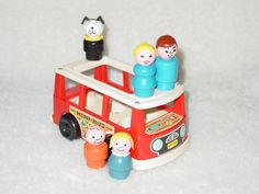 Fisher price Mini- Bus with 5 Little People, mother, father, boy, girl and dog. Mini Bus, Fisher Price Toys, Girl And Dog, Little People, 1960s, Childhood, Van, Colours, Shapes