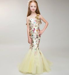 Mermaid Dress-Light Yellow Sequin Flower Applique Sheer Neckline Pageant Prom Princess Junior Bridesmaid Trumpet Dress Perfect for Birthday, Wedding or any special day. Available from 3 until 12 years old  Material: Cotton, tulle mesh, sequin Please do compare your  little girl measurements with our size chart below before deciding her size