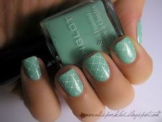 Base: Inglot #968 but use a mint coloured polish, maybe China Glaze. Stamped with konad on top, using konad white and plate m79.