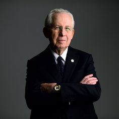 SEC to honor Mike Slive with Prostate Cancer Awareness Games