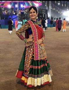 In this post, you can find many best Navratri Dress Images and Navratri Outfit. Chaniya Choli Designer, Garba Chaniya Choli, Garba Dress, Navratri Dress, Lehnga Dress, Navratri Garba, Lehenga Choli, Choli Blouse Design, Choli Designs