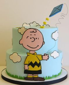 Here is a cake I made about a year ago. Bolo Snoopy, Snoopy Cake, Snoopy Birthday, Snoopy Party, Fancy Cakes, Cute Cakes, Fondant Cakes, Cupcake Cakes, Charlie Brown Snoopy