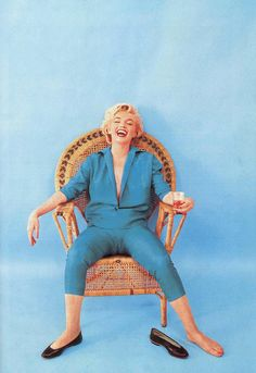 Beautiful Portrait of Marilyn Monroe circa 1954 - Photos by Milton Greene Milton Greene, Fotos Marilyn Monroe, Estilo Marilyn Monroe, Classic Hollywood, Old Hollywood, Joe Dimaggio, Looks Plus Size, Actrices Hollywood, Vintage Photos