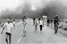 Photography, Phan Thi Kim Phuc, Nick Ut, 1972. Brulée vive par le napalm pendant la guerre du Vietnam.