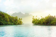 Fine Art Print of the most beautiful place on earth: Bora Bora, Tahiti!