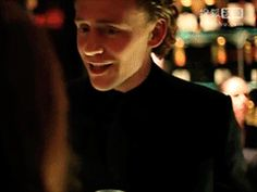 Tom Hiddleston at the Esquire and BAFTA Rising Stars Party in London 2012: http://my.tv.sohu.com/us/230297435/80419695.shtml