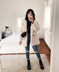 Source by cupcakecutiexo clothes Girly Outfits, Mode Outfits, Simple Outfits, Classy Outfits, Stylish Outfits, Casual Winter Outfits, Winter Fashion Outfits, Autumn Winter Fashion, Fall Fashion