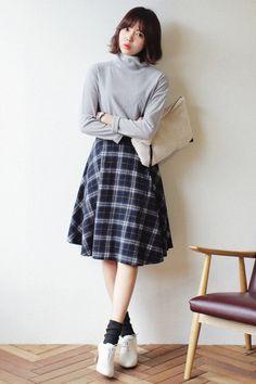 Soo cute with checked clothes Modest Outfits, Cute Casual Outfits, Pretty Outfits, Cute Fashion, Girl Fashion, Fashion Outfits, Womens Fashion, Ulzzang Fashion, Korean Fashion