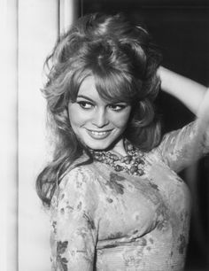 film 1959 - Babette s'en va-t-en guerre - brigitte bardot