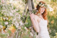 Spring wedding inspiration shoot | Jenny Sun Photography | http://burnettsboards.com/2014/01/enchanted-garden-editorial/ GAH.
