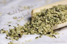 The Health Benefits of Hemp Seeds - Hemp is one of the most versatile plants on the planet. It is an amazing gift of nature, can produce high quality clothing, textiles, paper, food and while we're at it - you can even build a house with it! Raw Vegan Recipes, Super Healthy Recipes, Delicious Recipes, Vegan Food, Hemp Seed Recipes, Hemp Recipe, Hemp Seeds, Chia Seeds, Health And Nutrition